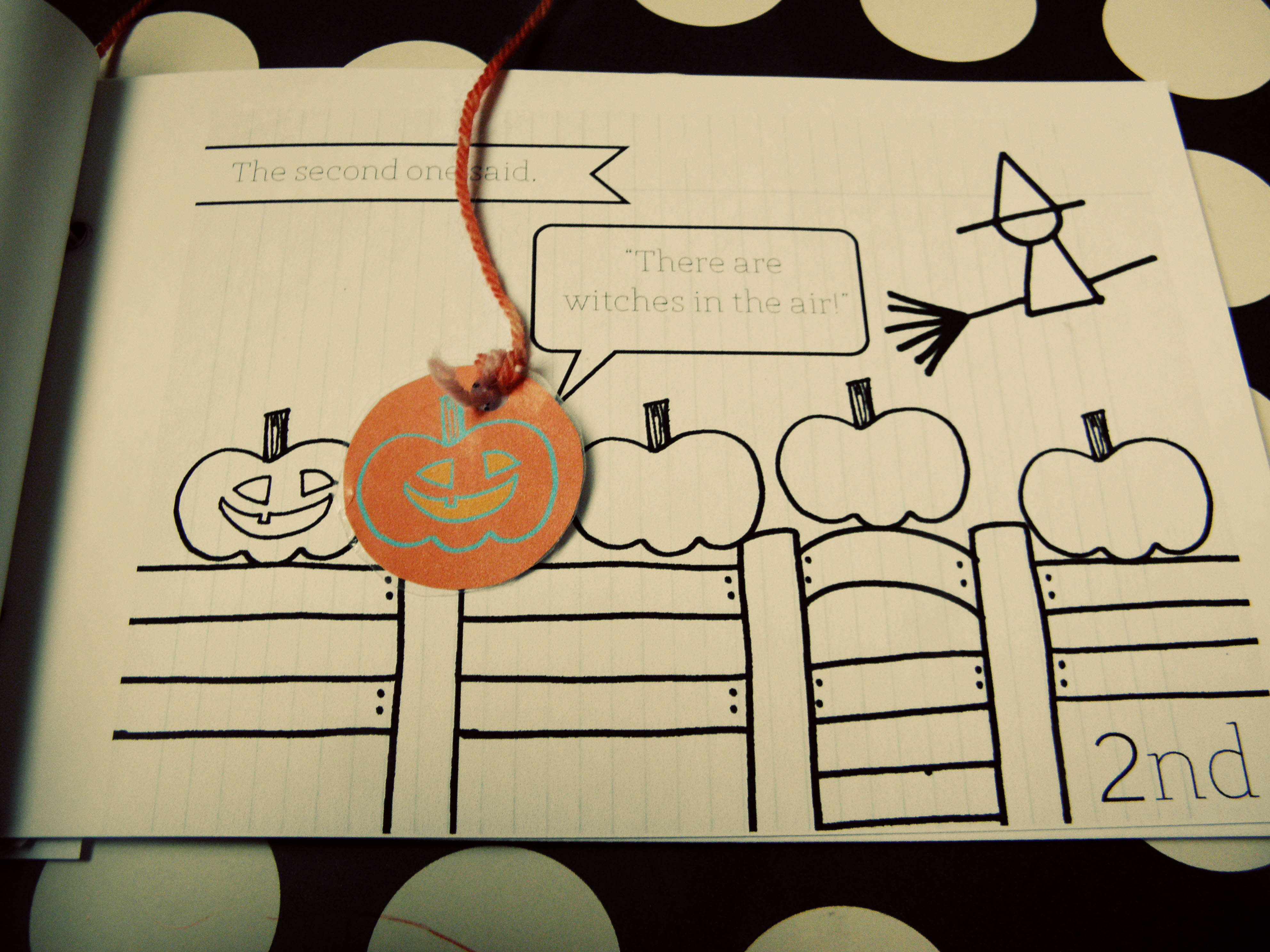 5 little pumpkins sitting on a gate coloring page photo - 1